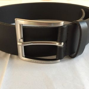 Hugo Boss Black Leather Belt sz 42